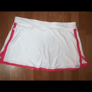 Nike Border Dri Fit Plus Size Tennis Skort white